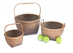 apple basket group